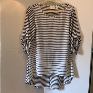 Chico's Tunic Top 3/4 Tab Sleeves High Low Size 0